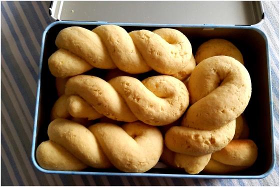 orange & tahini cookies